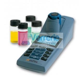 Photometre WTW avec pH integre pour mesure de terrain avec un support paillasse en option via LabSta
