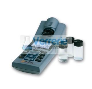 Photometre WTW avec mesure de turbidite et de pH avec un support paillasse en option via LabStation,