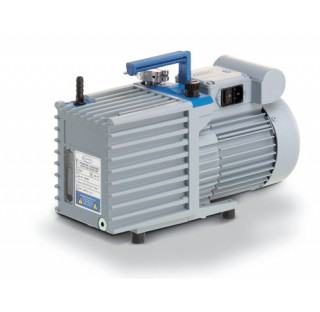 Pompe a palettes RZ 6, a deux etages, 230 V / 50-60 Hz, cordon d'alimentation UK  debit maxi : 5,7/6