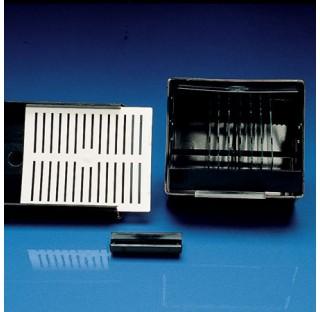 Boite etanche a la lumiere en POM pour porte lames ref : 1100KAR Dim. 88x100,8x52,4mm plastique Kart