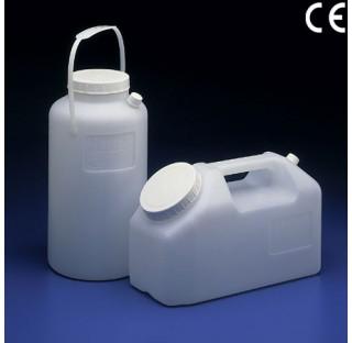 Container pour urine largeur 114mm longueur 243mm hauteur 160 mm graduation 250ml diam de col 74mm p